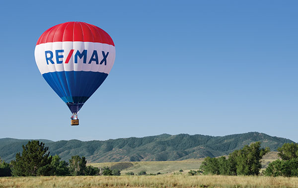 "RE/MAX ""Bringing it Home""!"